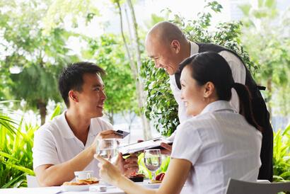 Pacar pelit biasanya tidak mau membayari setiap kali berkencan