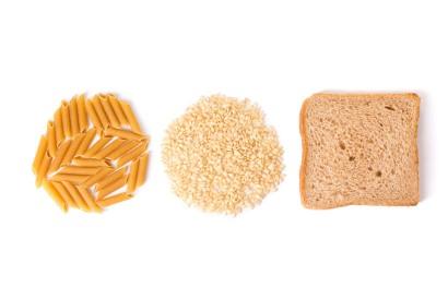 Saat menjalani pegan diet, hindari konsumsi roti dan pasta