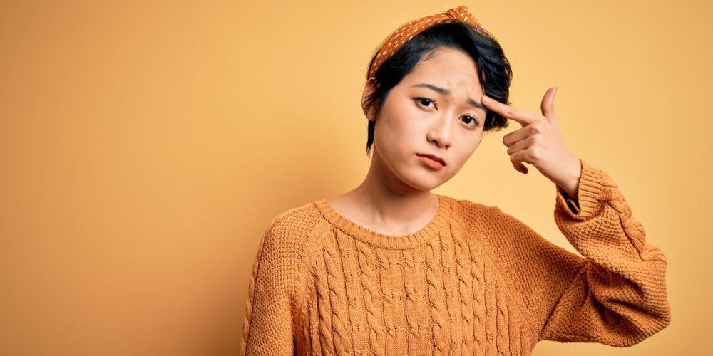Arti letak jerawat di dahi bisa disebabkan oleh kondisi kulit berminyak dan efek stres