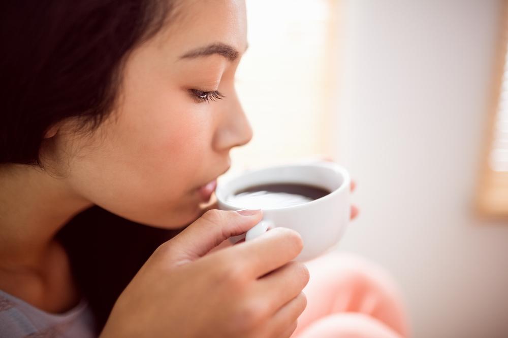 Aturan minum kopi yang aman bagi perempuan sebaiknya jangan berlebihan