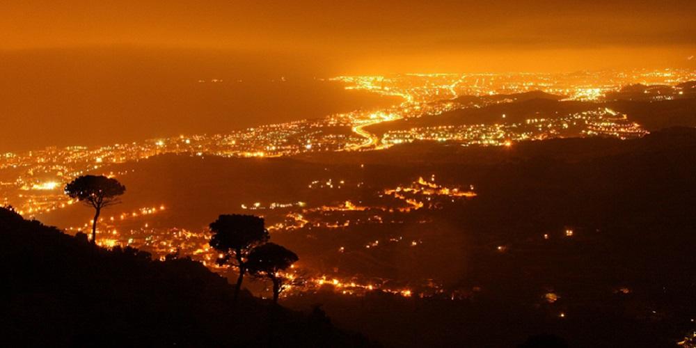 Polusi cahaya salah satu contoh pencemaran lingkungan