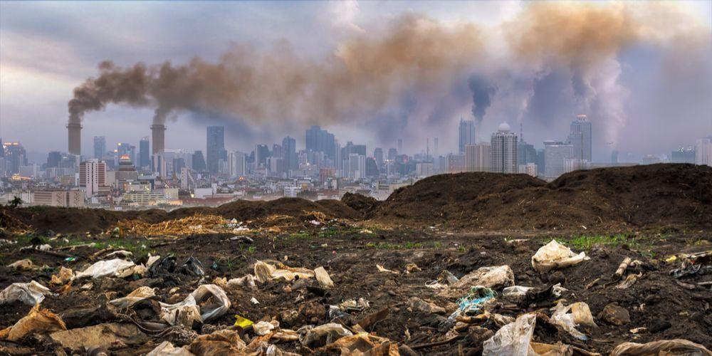 Pencemaran tanah salah satu contoh pencemaran lingkungan