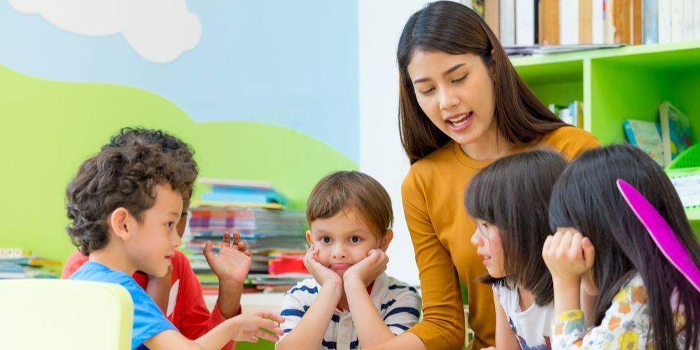 Kepribadian INFJ cocok bekerja menjadi guru