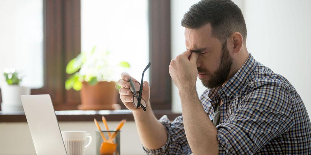 Gejala hidrosefalus pada orang dewasa adalah sakit kepala