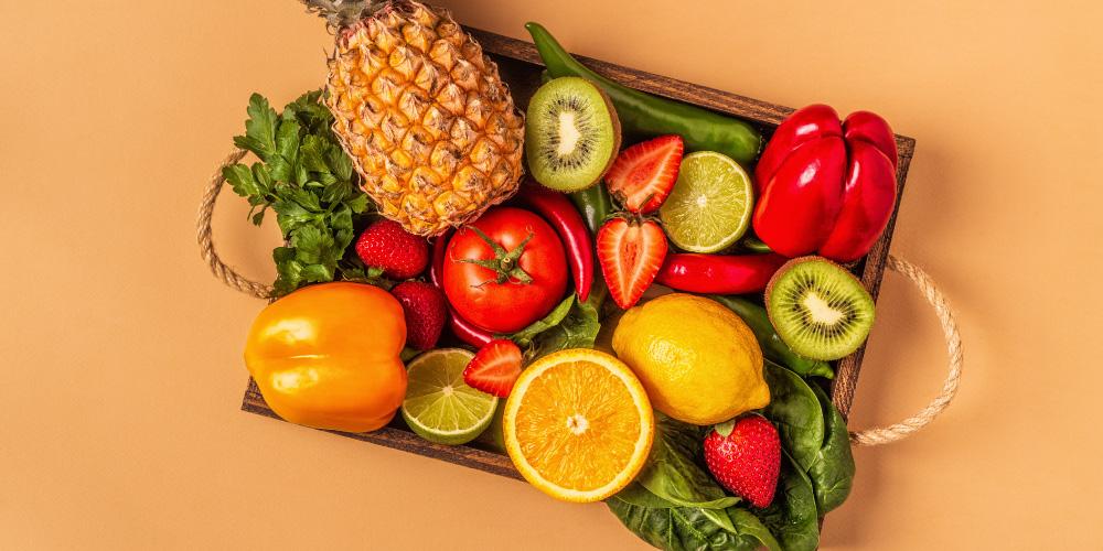 Vitamin C untuk anak bisa didapatkan dari sayuran dan buah-buahan