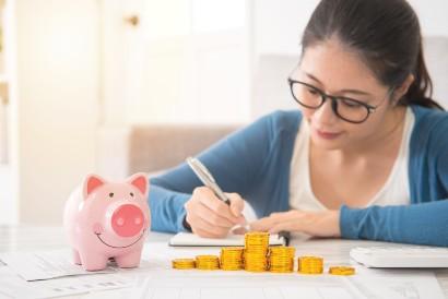 Stres ibu rumah tangga juga dapat dipicu masalah keuangan keluarga