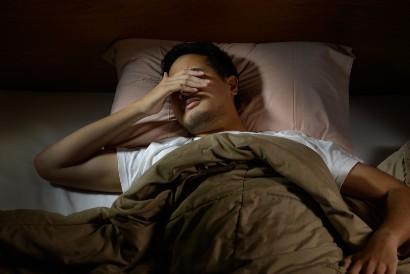 Trauma dapat menyebabkan gejala seperti sulit tidur dan sakit kepala