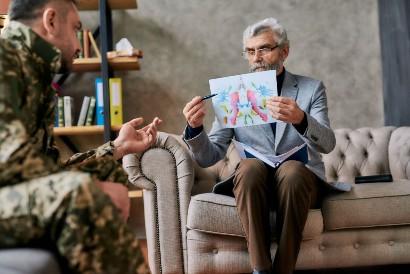 Survivor guilt yang dialami veteran perang membutuhkan terapi dari ahli