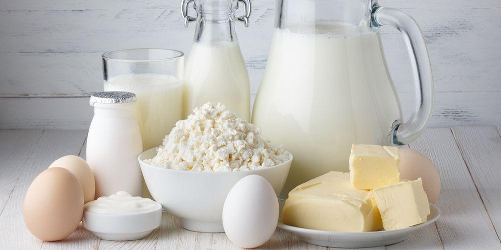 Susu dan produk olahannya adalah makanan yang mengandung kalsium tinggi