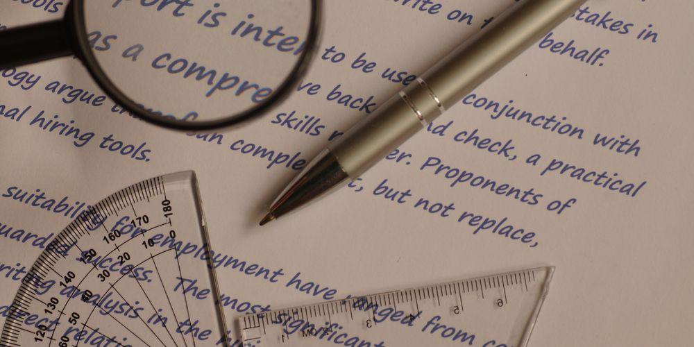 Grafologi adalah ilmu yang mempelajari tulisan tangan