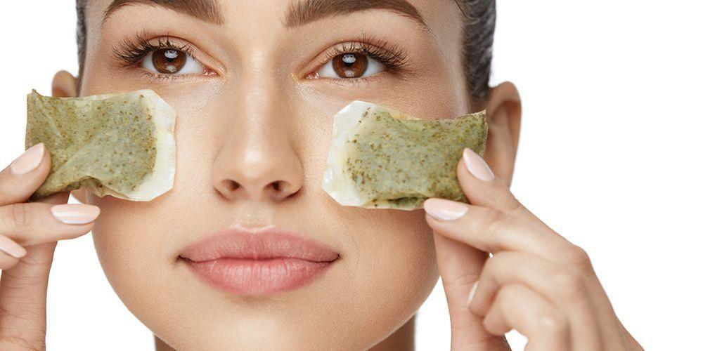 Manfaat ampas teh hijau untuk menghilangkan kantong mata