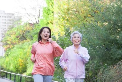 Jogging juga merupakan salah satu cara menjaga kesehatan tulang