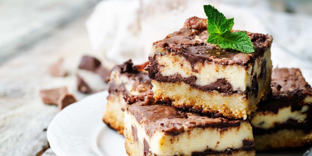 Jenis makanan pantangan setelah operasi usus buntu lainnya adalah kue
