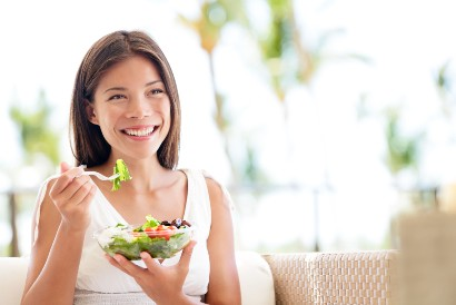 Salah satu cara mencegah penuaan dini adalah dengan mengonsumsi sayuran